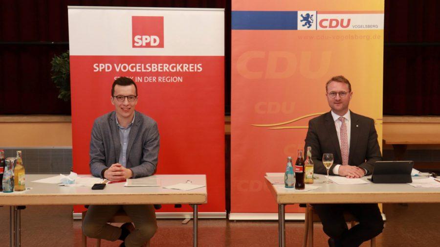 Patrick Krug und Jens Mischak bei der Vorstellung des Koalitionsvertrages
